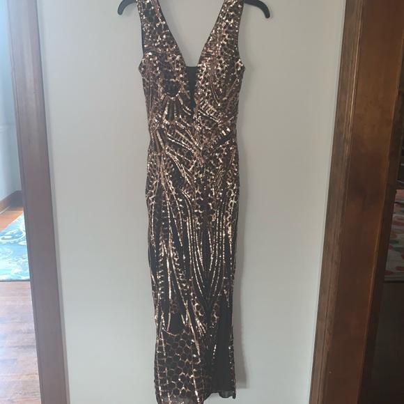 Gianni Bini Dresses & Skirts - Gianni Bini Black/Gold Sequin Formal Size 0